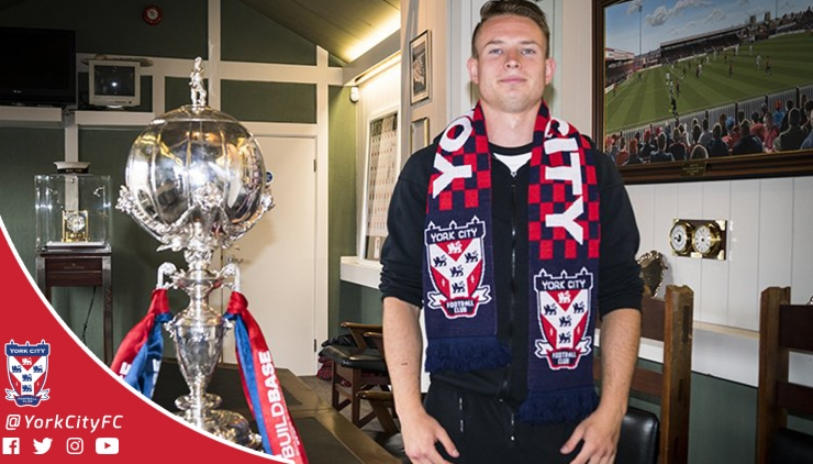 Connor Smith Signs